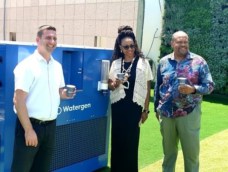 African-American Leaders Say Thank You to Watergen for Helping Flint Michigan